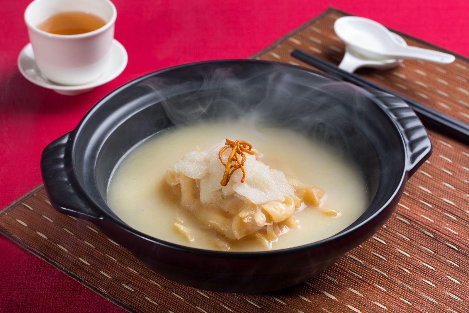花膠濃湯煲土雞