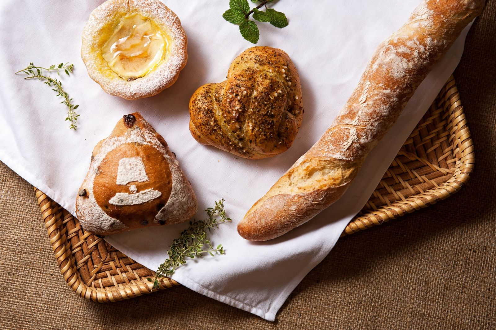 【麵包房公告】5/1起不接受預訂當日取貨麵包