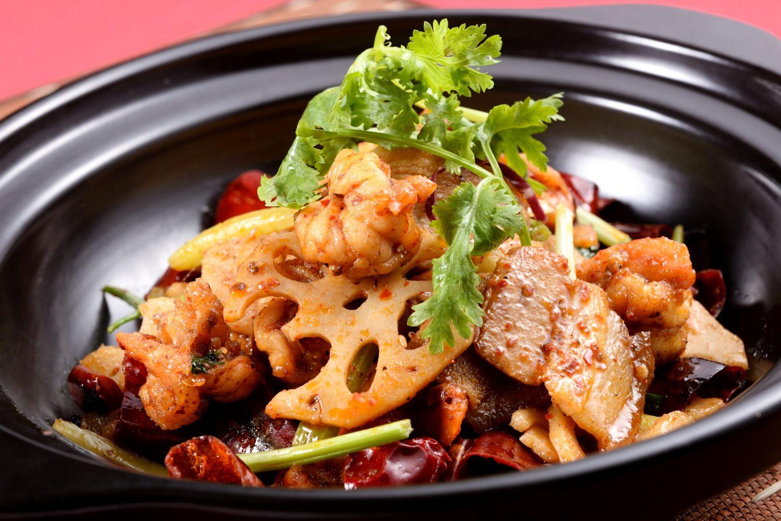 【川菜廳】麻辣誘惑 國賓川菜廳推出溫暖鍋物