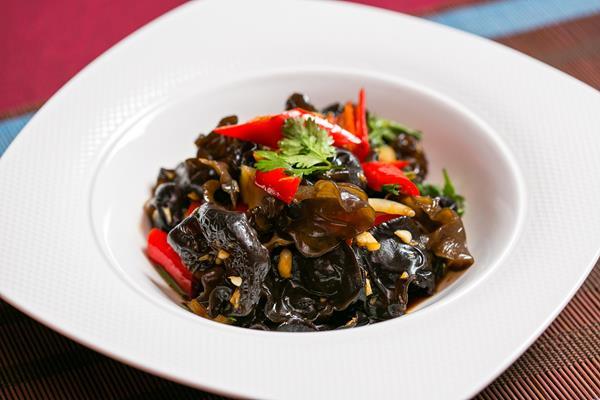 台北國賓大飯店川菜廳酸辣木耳
