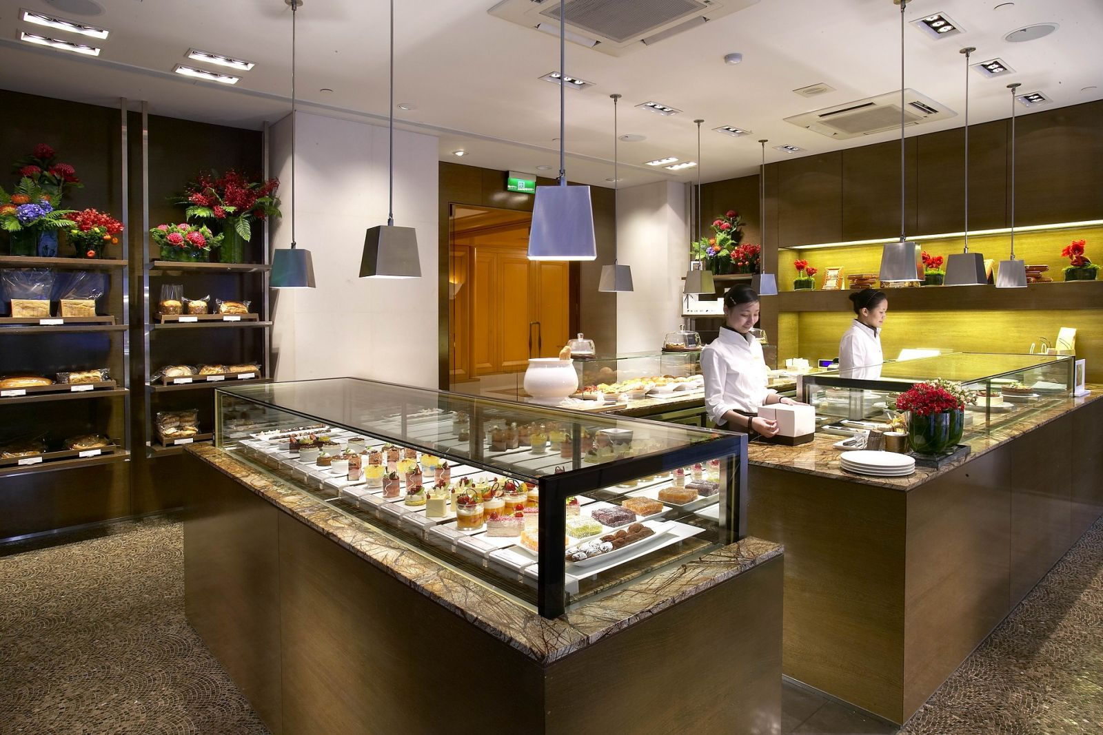 富邦國賓大飯店聯名卡 國賓麵包房每週三第三件5折