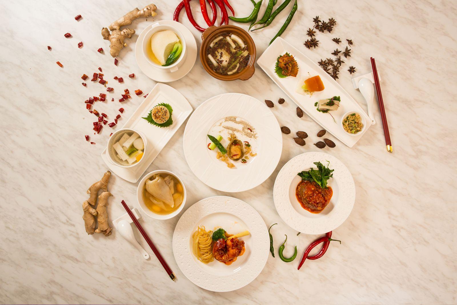 『米其林推薦 - 國賓川菜廳饗宴 』一泊二食 住房專案