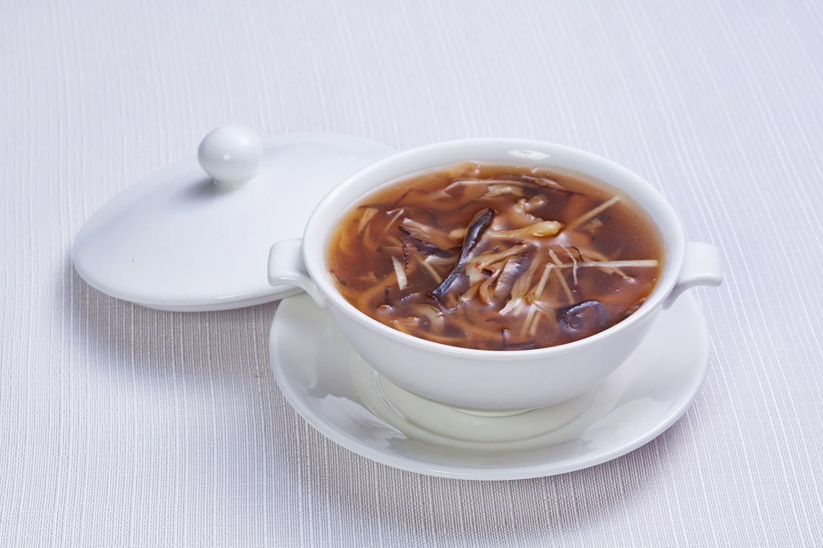 高雄國賓大飯店粵菜廳花膠海參燴雞絲
