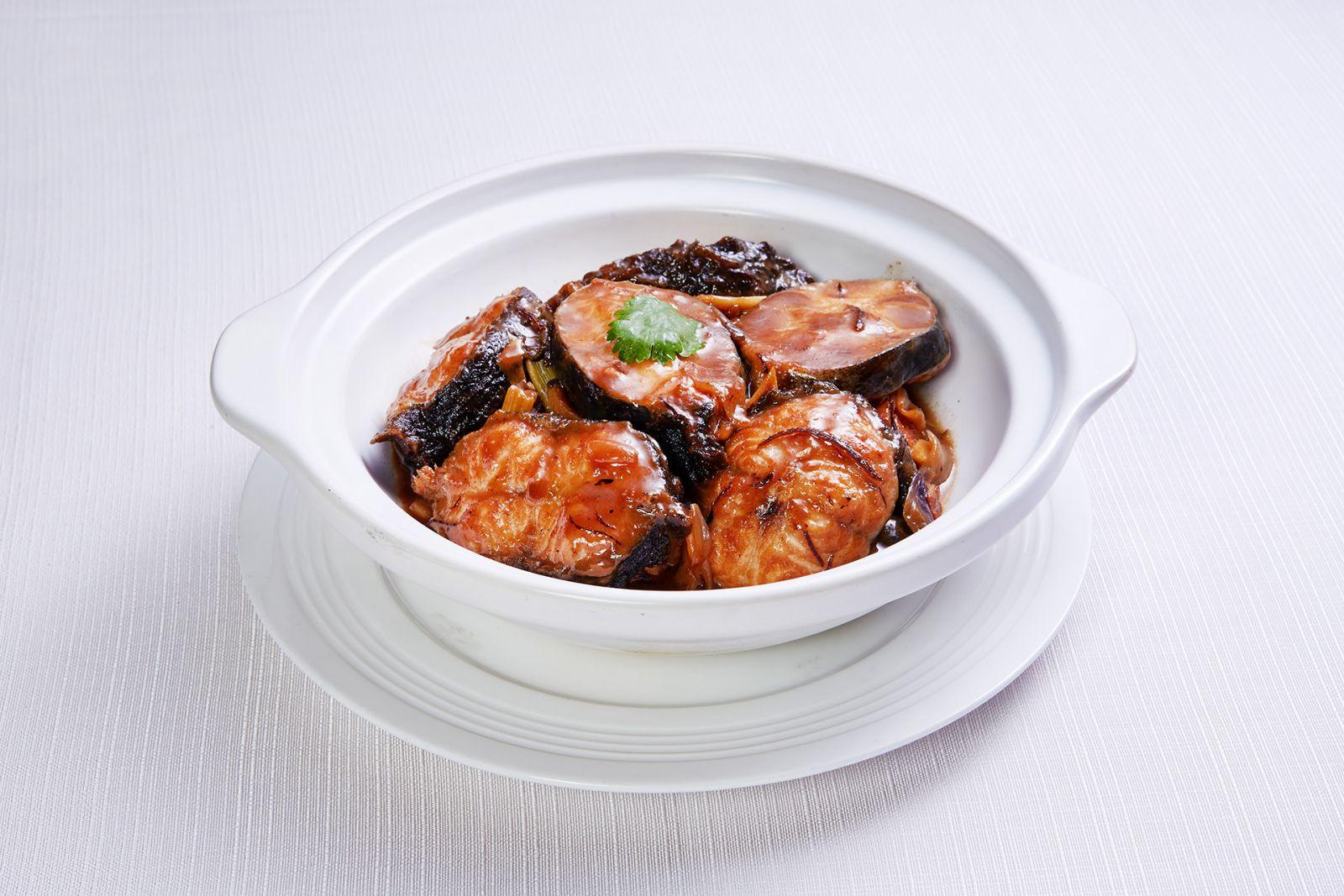 高雄國賓大飯店粵菜廳蒜子燒鱸鰻