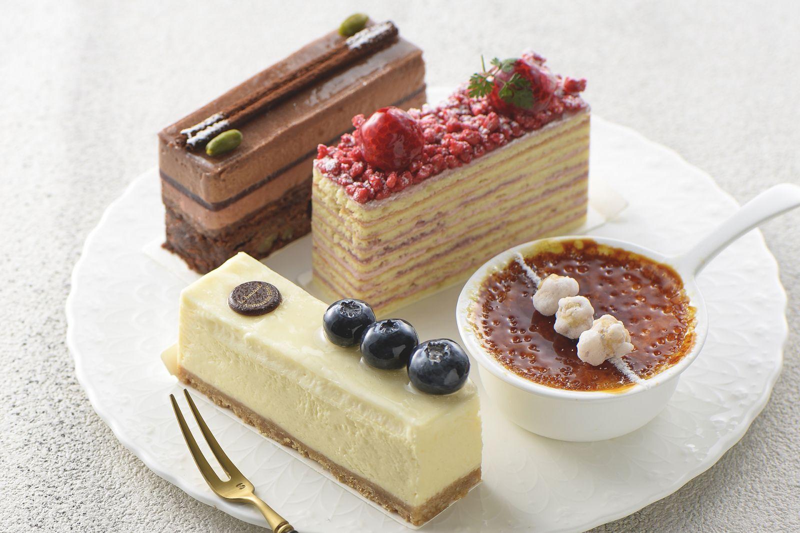 國賓麵包房 小蛋糕買二送一