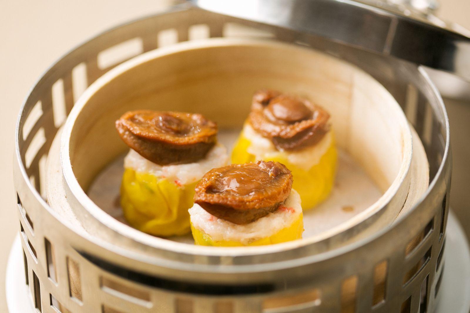 高雄國賓大飯店粵菜廳鮑魚燒賣