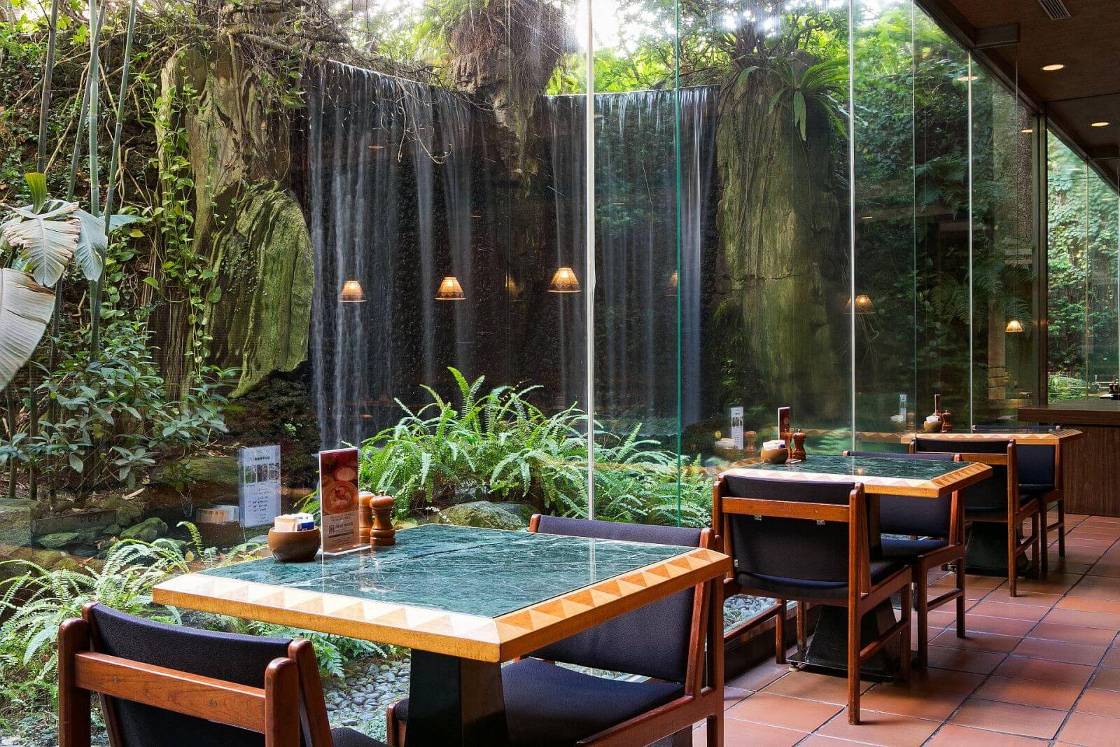 Ambassador Hotel Taipei ahmicafe with waterfalls